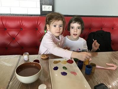 29 апреля прошёл мастер-класс по росписи глиняного яйца 1