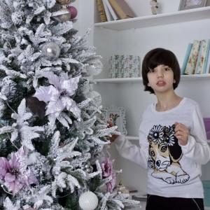 Вика Шутова